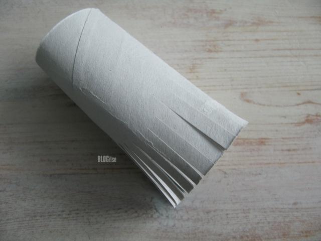 toilet paper core by BLOGitse